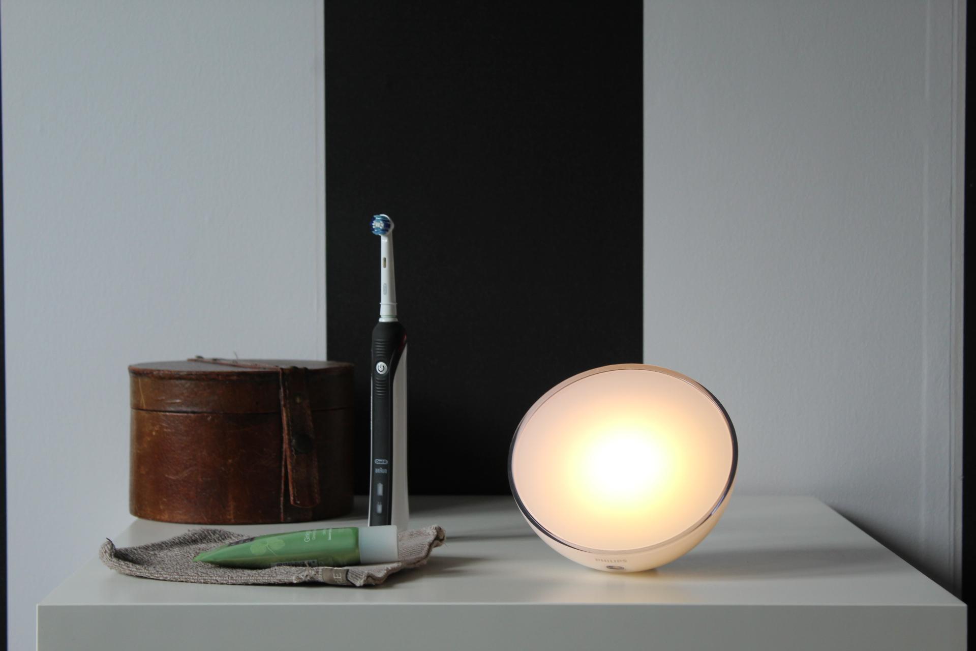 Philips Hue Go lichtstand warm white light